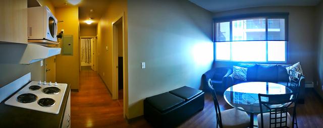 2-bedroom_panorama.slide
