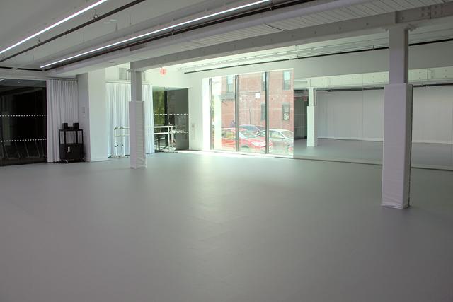 Full-studio1.slide