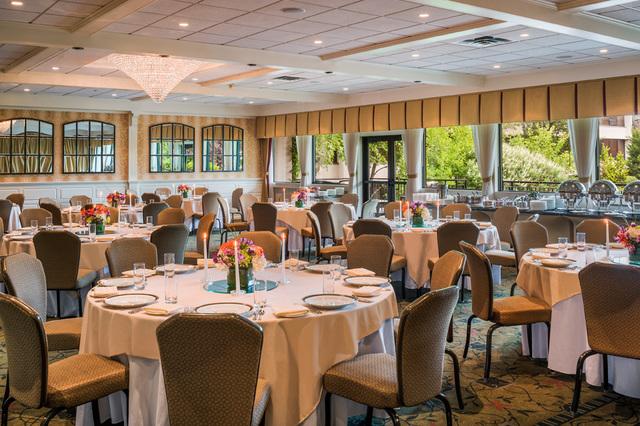 Terrace_room_banquet_140708-10.slide