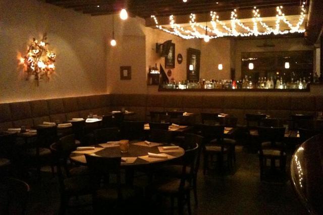 Amalfi_-_dining.slide