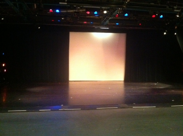 Stage_no_seats.slide