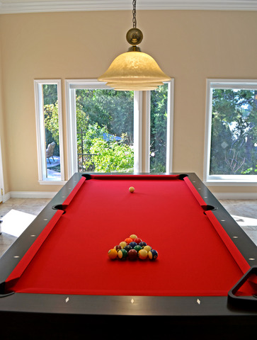 Pool_table.slide