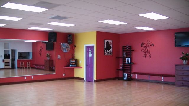 4ever dance studio bay area performing arts spaces for Porte arts and dance studio
