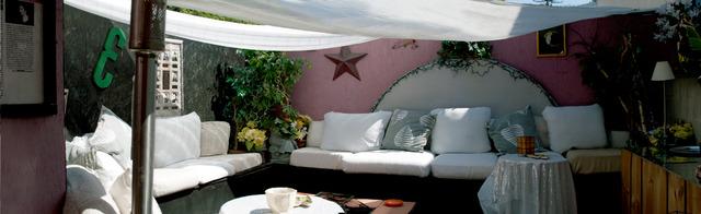 180-degree-patio-2.slide