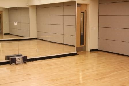 Jcal_dance_studio_d.slide