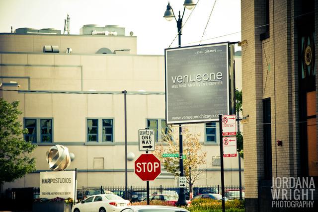 Venueone34.slide
