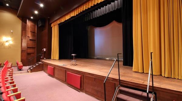 Theatre_9.original.slide