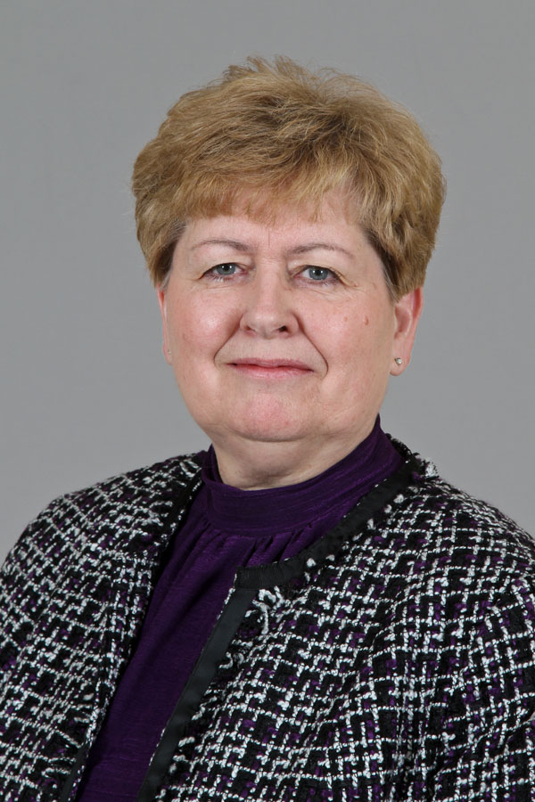 Linda Coates Portrait Photo