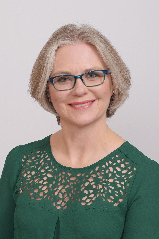 Kerryn Henderson Portrait Photo