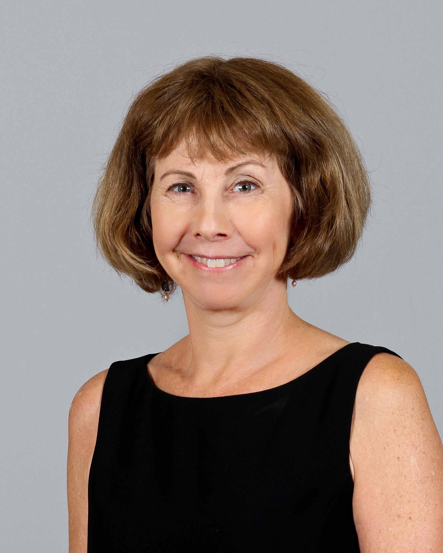 Deborah Halperin Portrait Photo