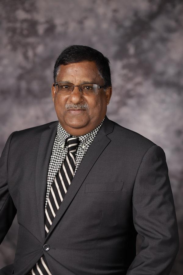 Lali Thundiyil Portrait Photo