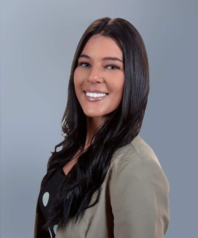 Nicole Beichner Profile Picture