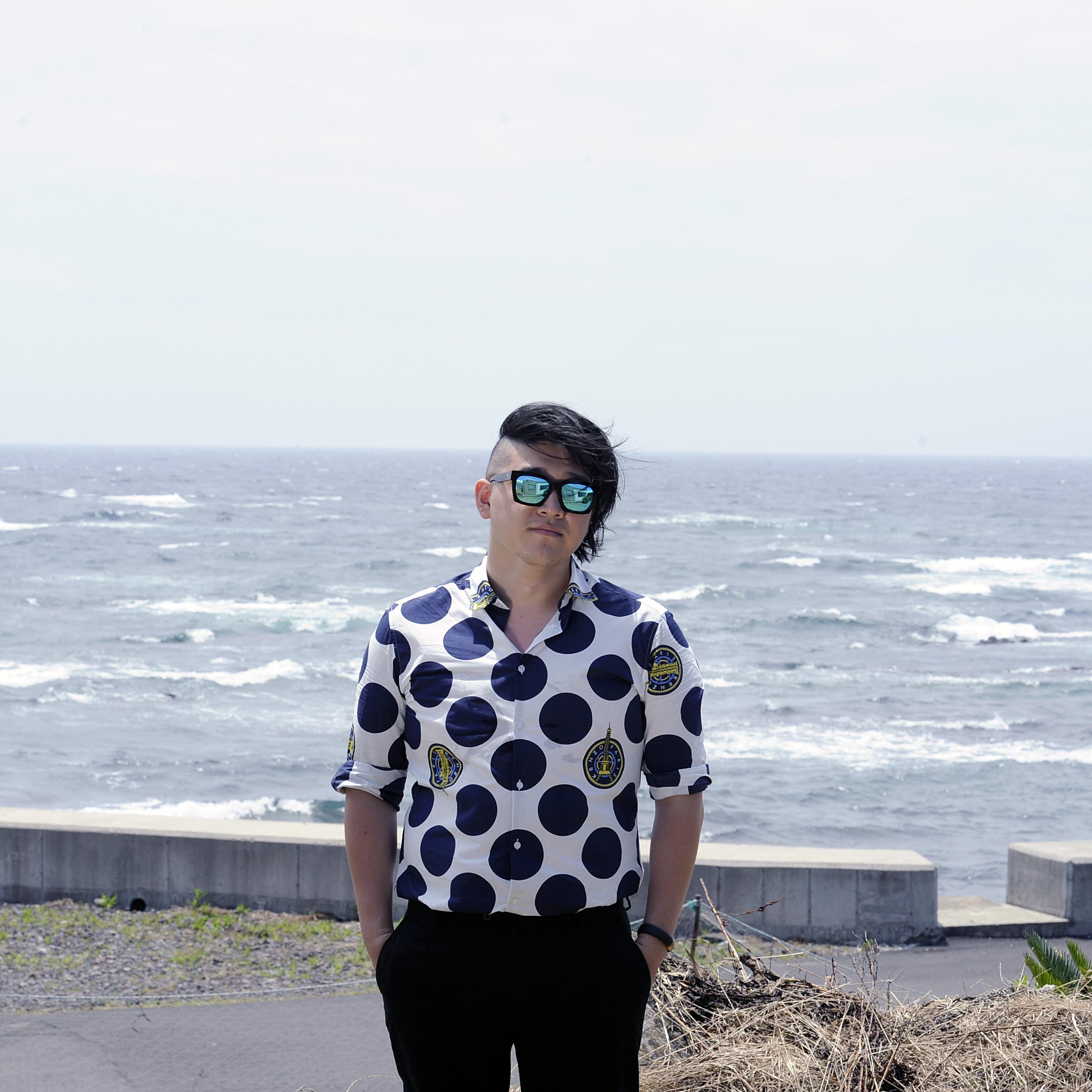 J K photo