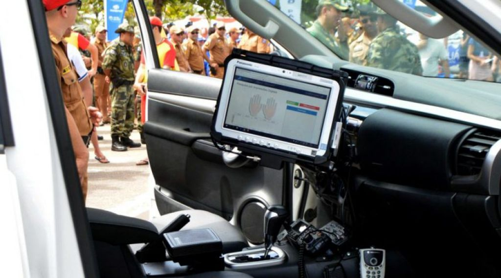 O sistema vai funcionar em viaturas, agilizando identificação