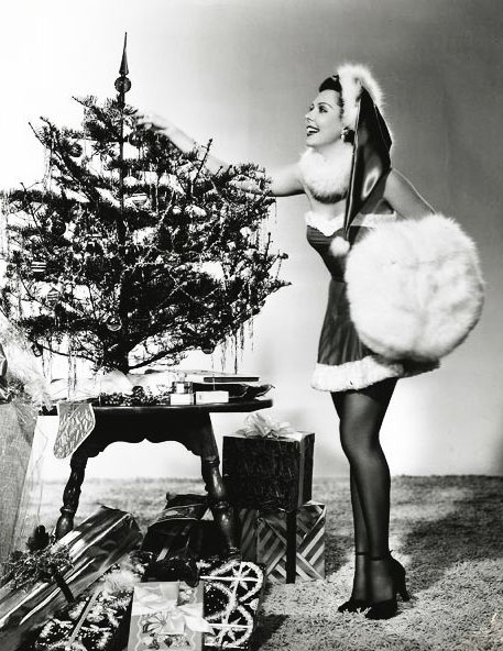 Vintage Christmas Pin Up Pinspiration