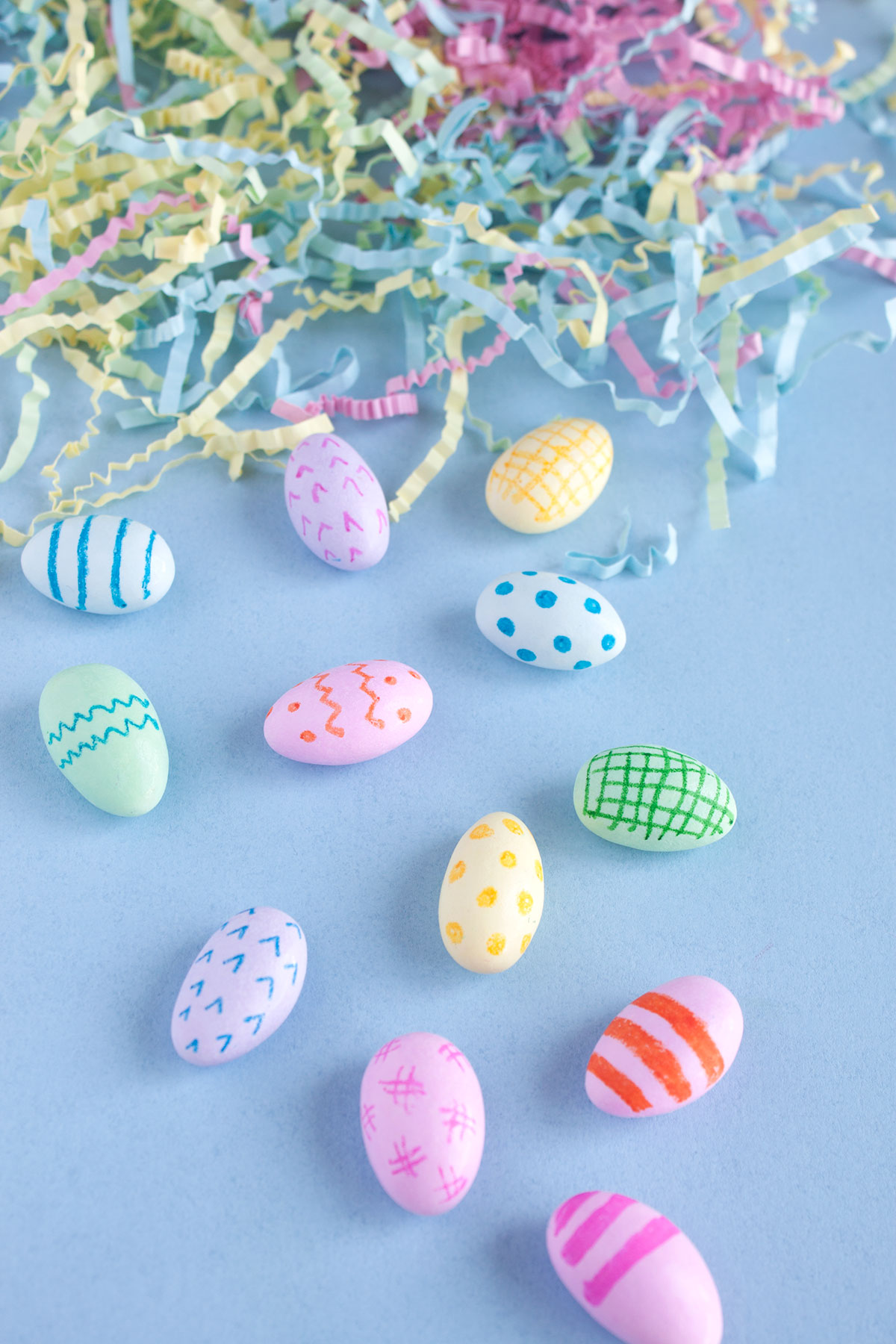 DIY Mini Easter Eggs- Paint the Gown Red