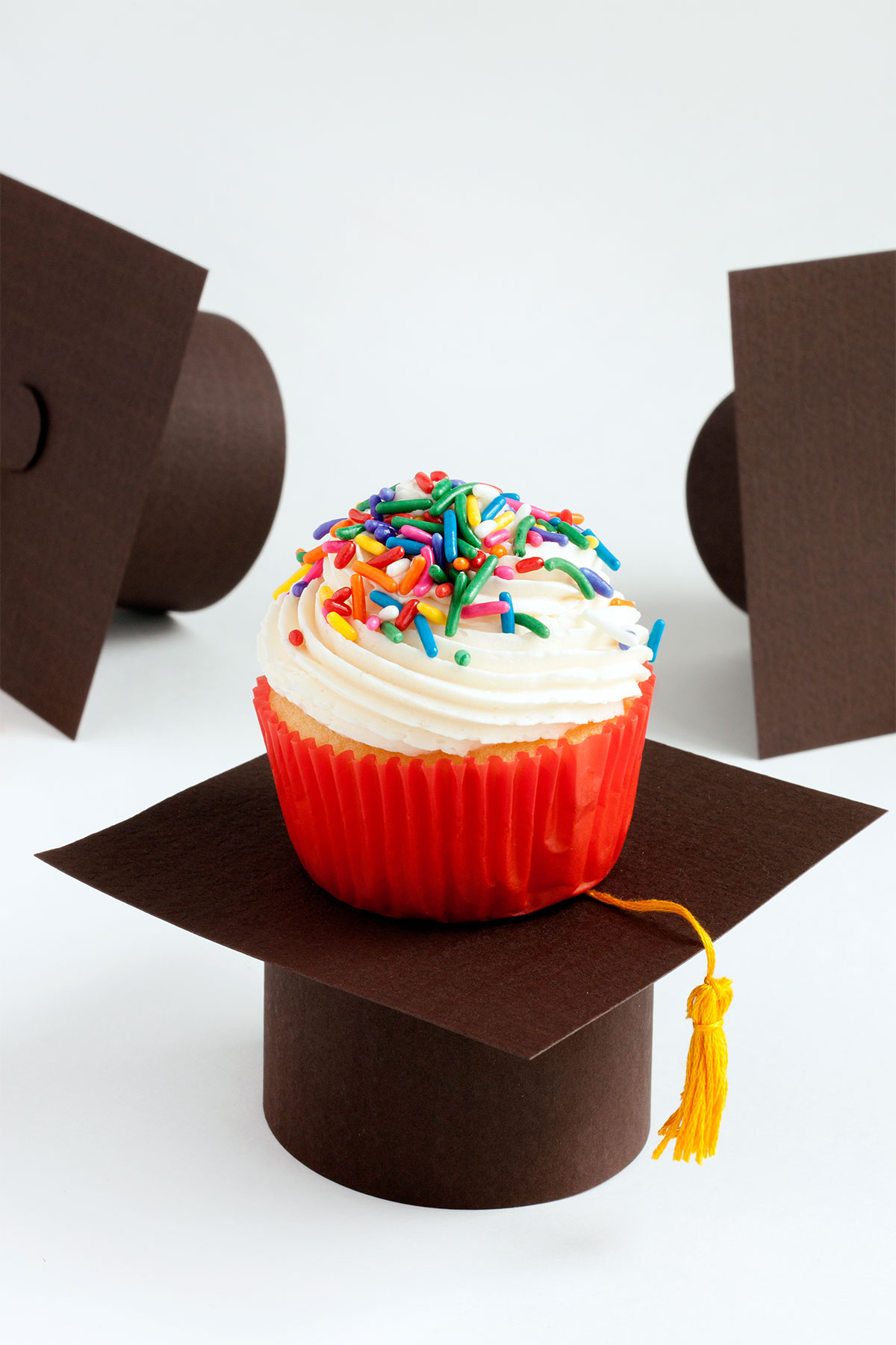 Graduation Cap Cupcake Stands- Paint the Gown Red