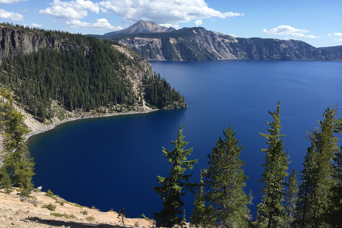 Pacific Northwest Roadtrip Roundup- Paint the Gown Red