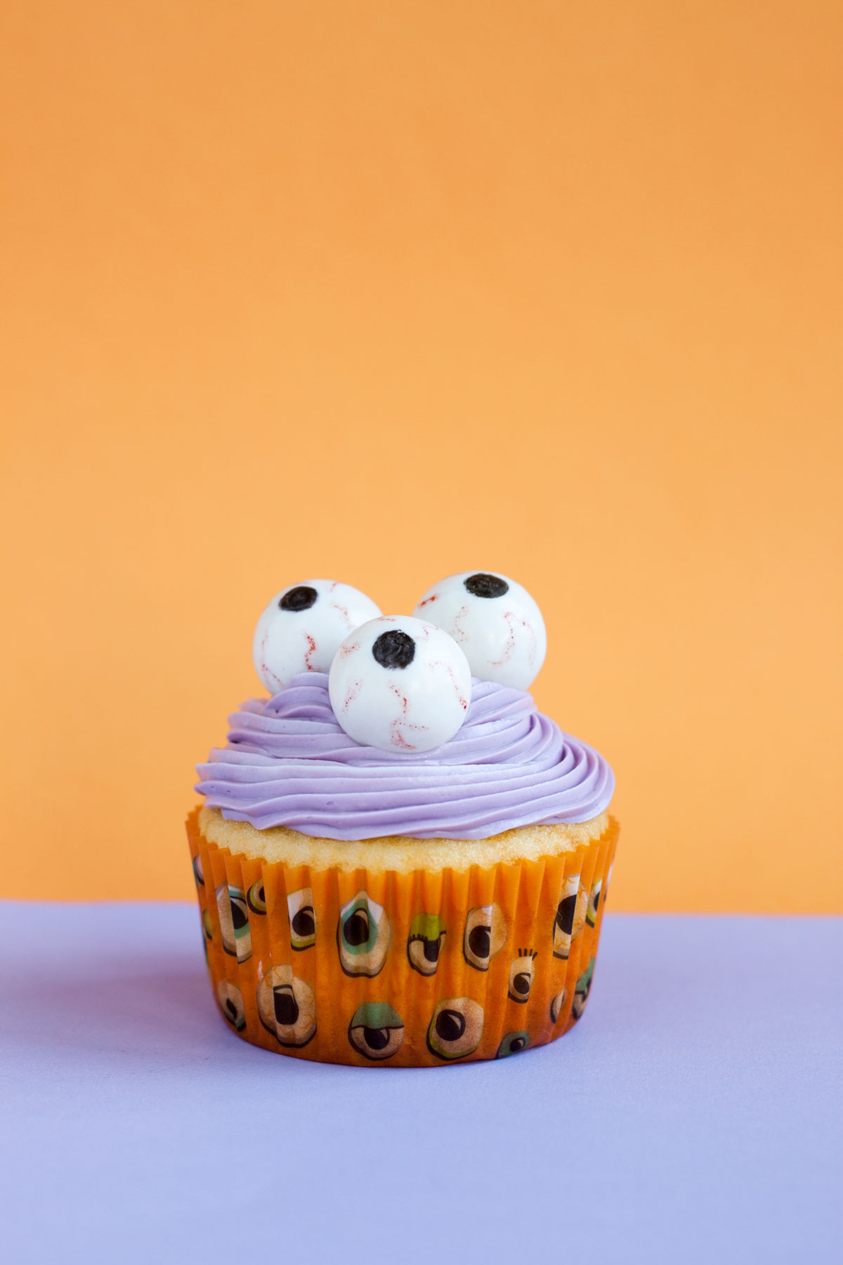 3 Edible Halloween Cupcake Toppers on eHow- Paint the Gown Red