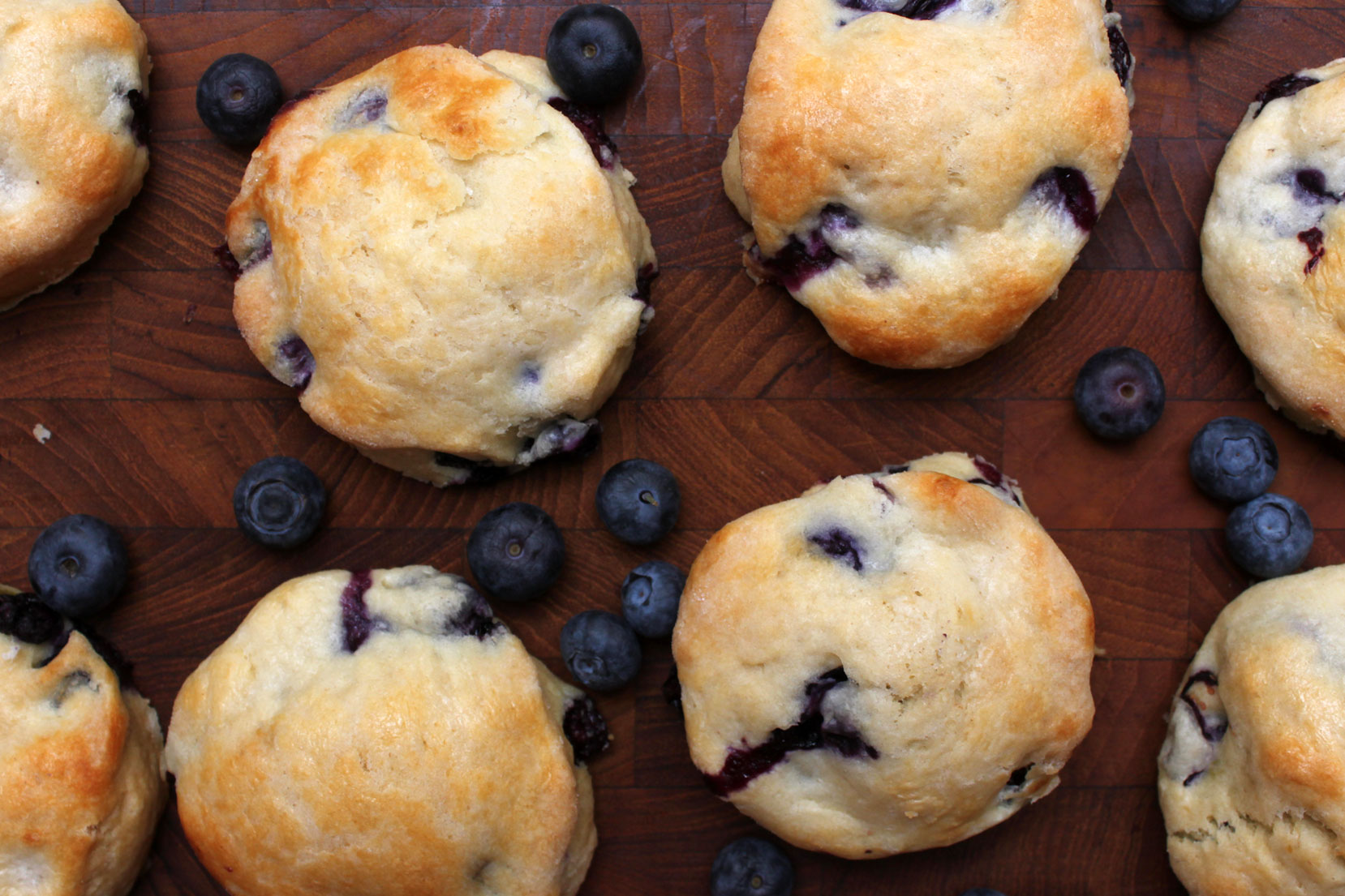 of maple and a touch blueberry maple scones maple blueberry scones via ...
