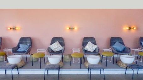 miss-sundays-nail chairs