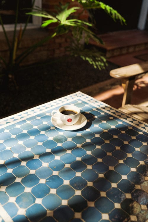 santa monica courtyard-coffee