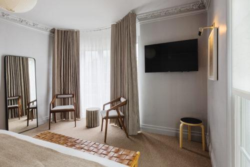 Westwood deluxe king room