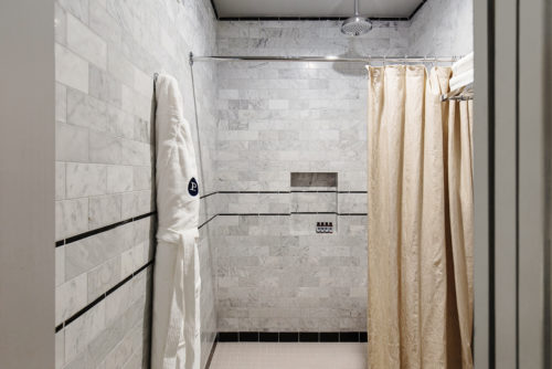 Westwood deluxe king shower
