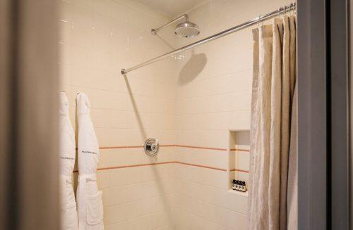 Westwood queen double shower