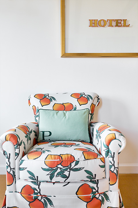 Phsm plush chair pattern oranges