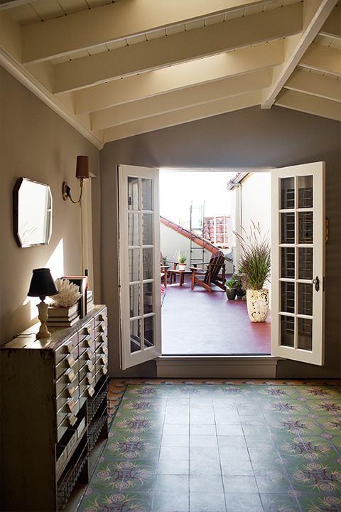 Phsm thumbnail penthouse one courtyard entry