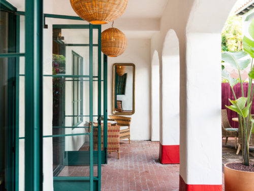 courtyard entrance with bar seating