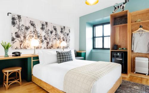 portland queen full bedroom