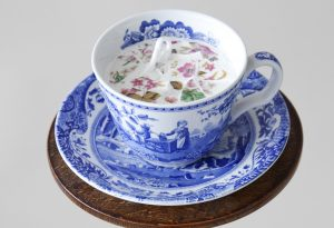 Ann-Bubis.-A-Fragrant-Cup-of-English-Tea