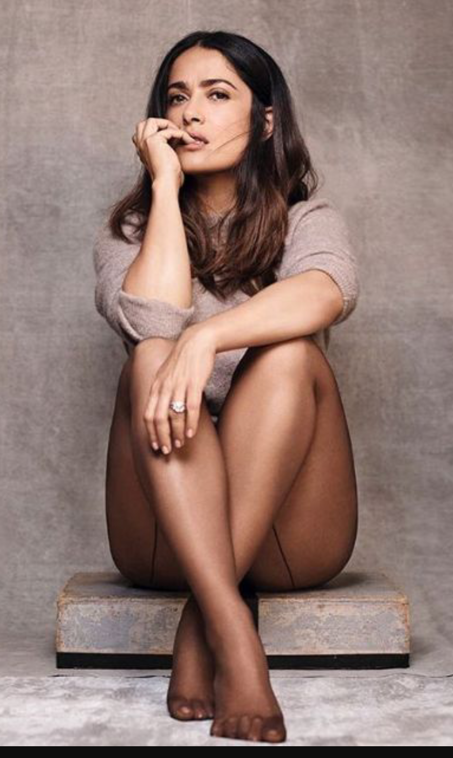 Selma Hayek In Dark Back-Seam Pantyhose