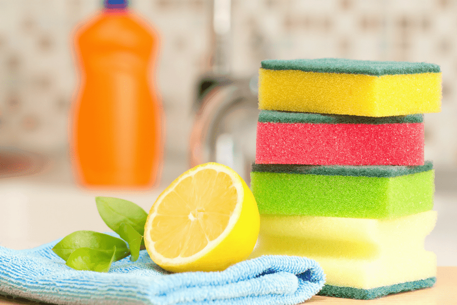 3 Super Cheap and Effective DIY Non-Toxic Cleaning Products For Your Home