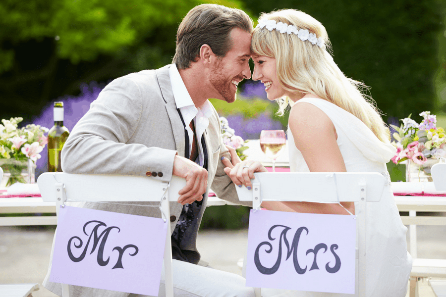 10 Simple Tips For A Stress-Free Wedding