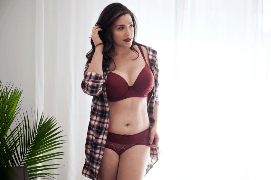 red holiday lingerie