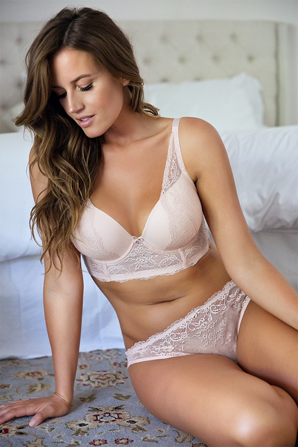 8aeef779d9950 The Only Lingerie Packing List You Need For Your Honeymoon ...