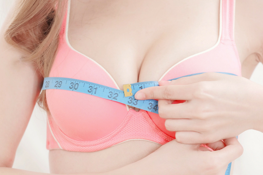 4a4292c19 8 Signs You re Wearing The Wrong Bra Size - ParfaitLingerie.com