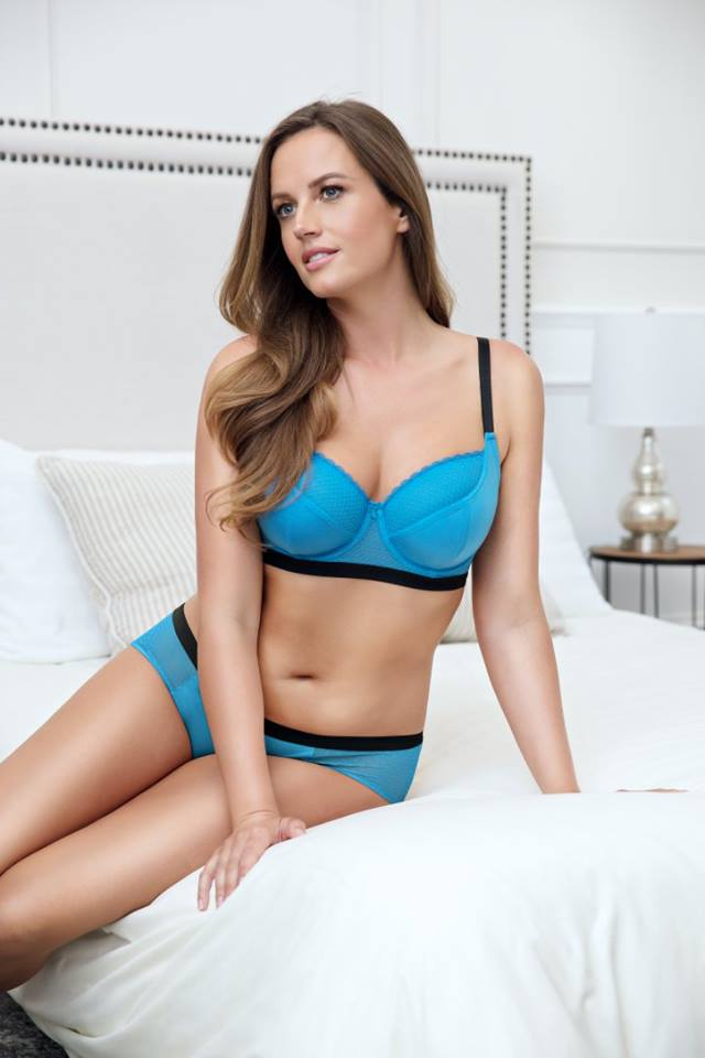 what is demi bra mean