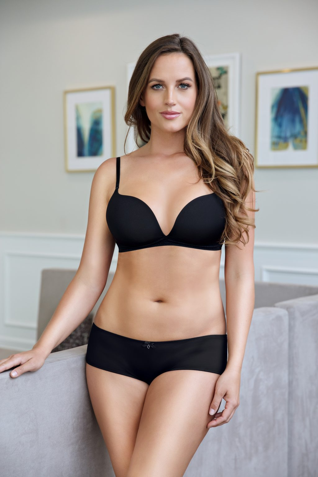 how should a wireless bra fit