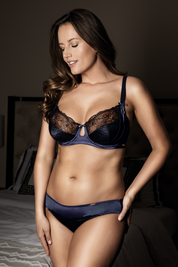 what to wear for a boudoir photo shoot
