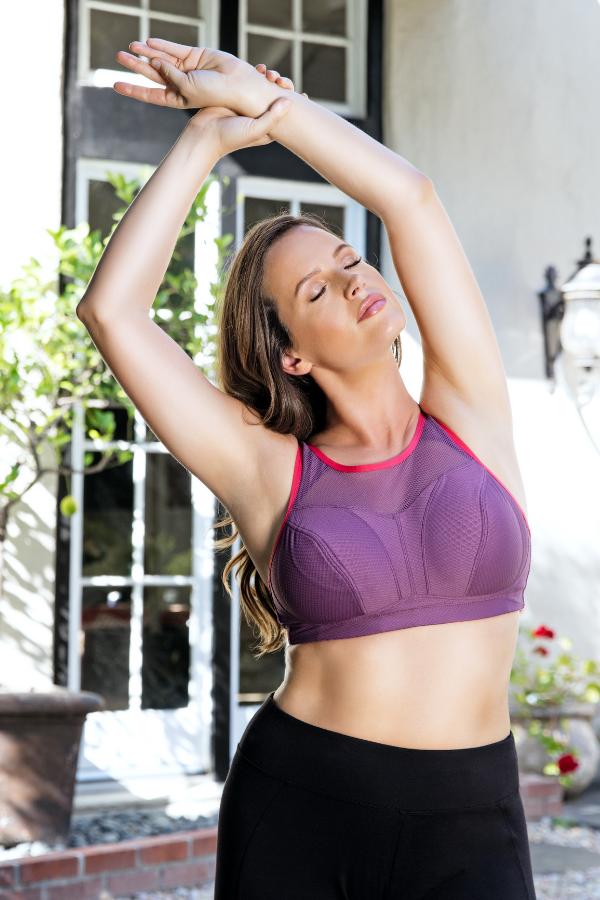 wireless sports bra