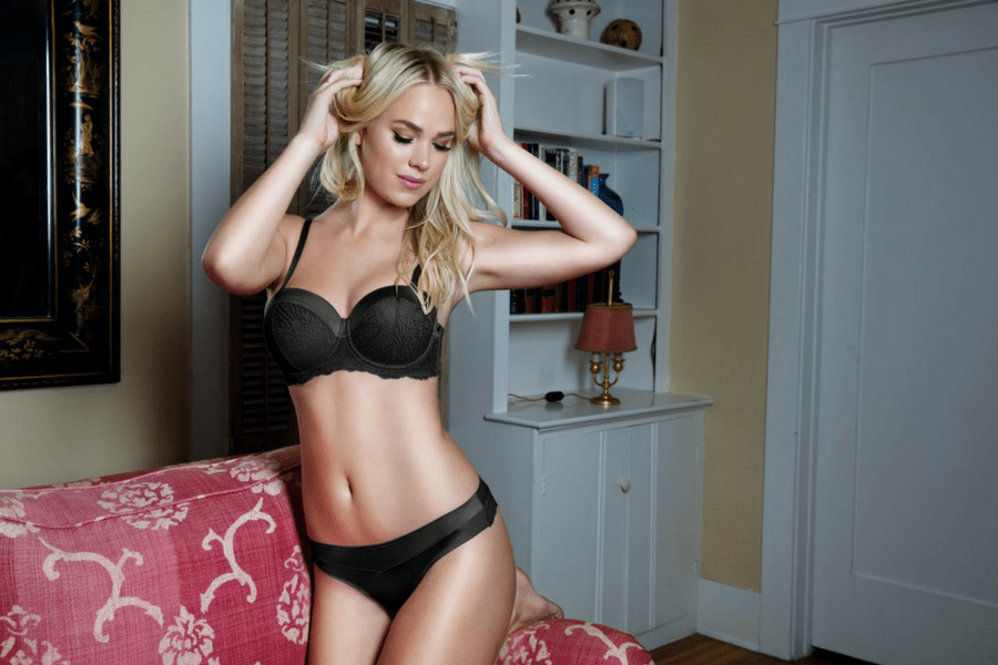 9992929e4ae5f Does Your Strapless Bra Fall Down  Here s How to Fix It