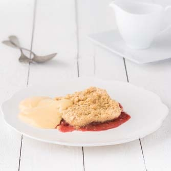 rhubarb-strawberry-crumble.jpg