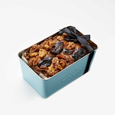 date_walnut_loaf_cake_in_loaf_tin_1.jpg