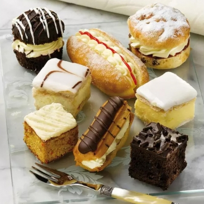Wrights Mini Cake Assortment.jpg