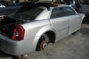 2009 Chrysler 300 Parts Car