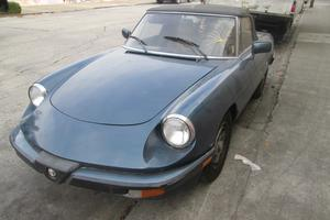 1986 Alfa Romeo Spider Parts Car